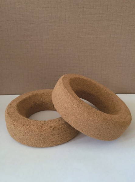 Cork ring, for round bottom flasks